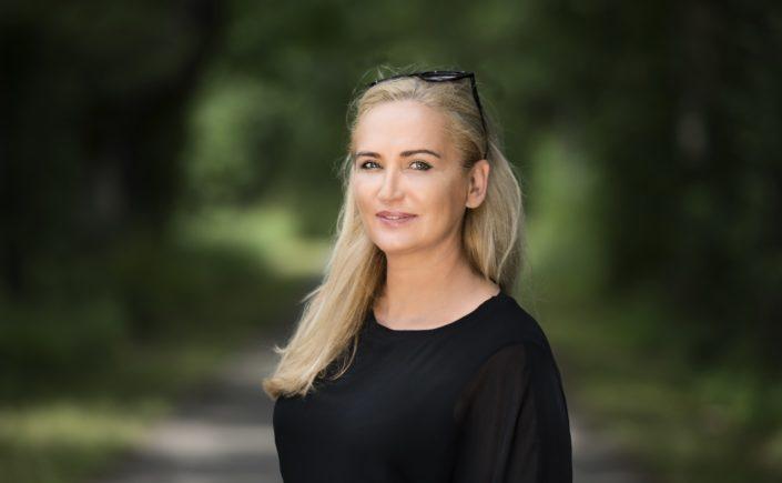 Dr. Melanie H. Adamek
